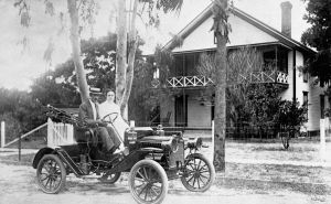 Charles and Marie Hubbs Isted in automobile - Eustis, Florida