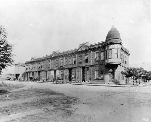 Burbank's First Two-Story Office Building 1911