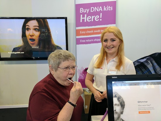 (American) Lila Davis Takes a MyHeritage DNA Test